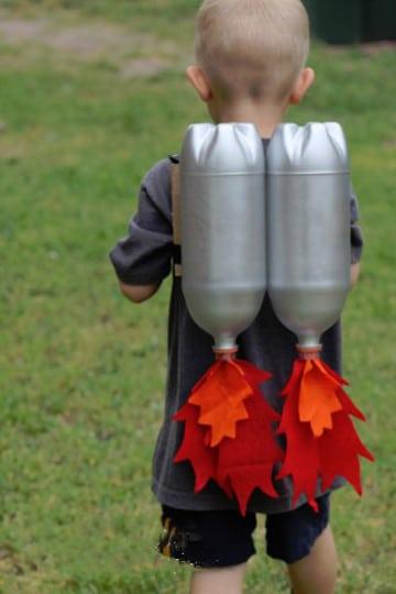 trajes de material reciclado para niños preescolar