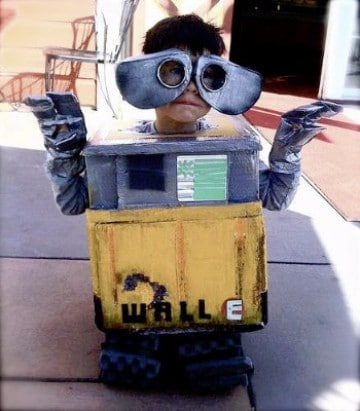 trajes de material reciclado para niños robot
