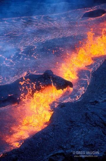 volcanes haciendo erupcion mas peligrosos