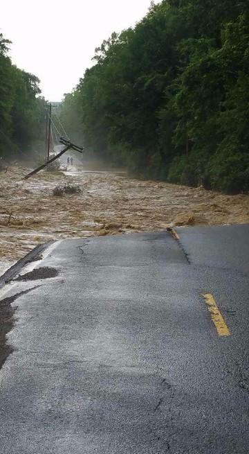 desastres naturales inundaciones wikipedia