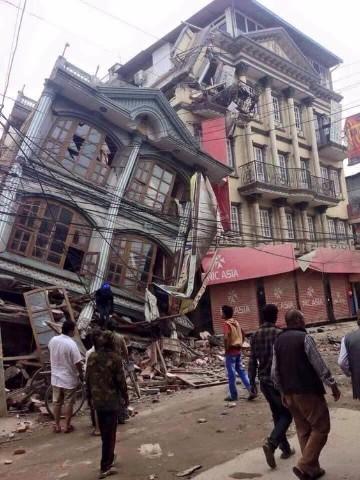 desastres naturales terremotos y huracanes