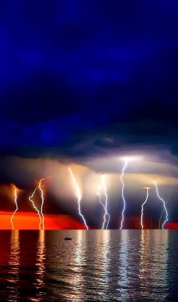 imagenes de tormentas electricas en el mar
