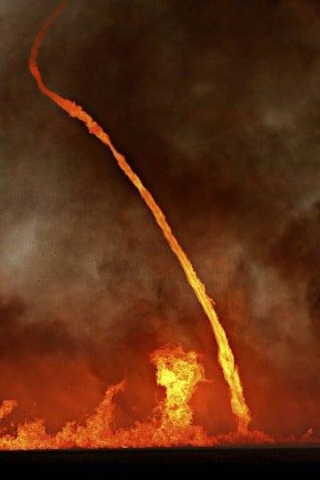 imagenes de tornados de fuego reales