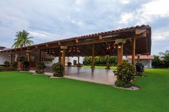 Hermosos y econ micos jardines para eventos en tijuana for Imagenes de jardines para fiestas