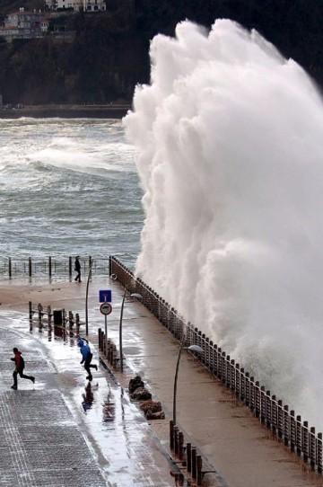 maremotos en el mundo 2012