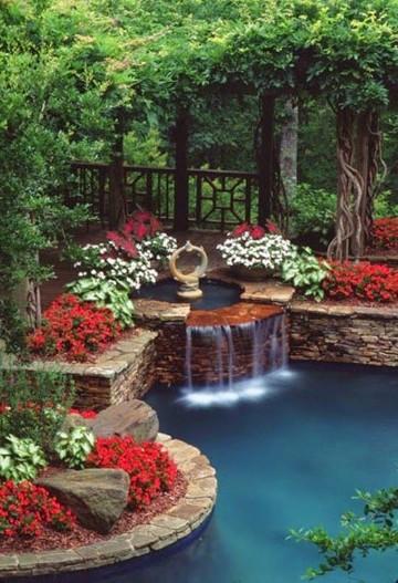Imagenes de jardines bonitos peque os y sencillos en casas for Jardines bellos fotos