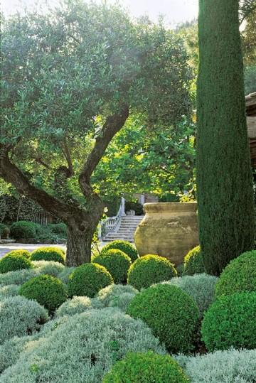 Imagenes de jardines bonitos peque os y sencillos en casas for Imagenes de jardines verticales pequenos