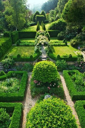 Imagenes de jardines bonitos peque os y sencillos en casas for Jardines naturales pequenos