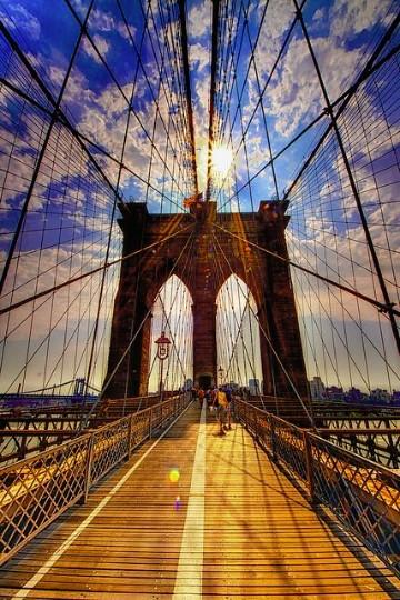 diseño de puentes peatonales colgantes