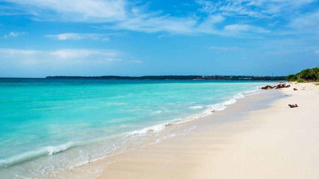paisajes lindos de colombia playa blanca cartagena