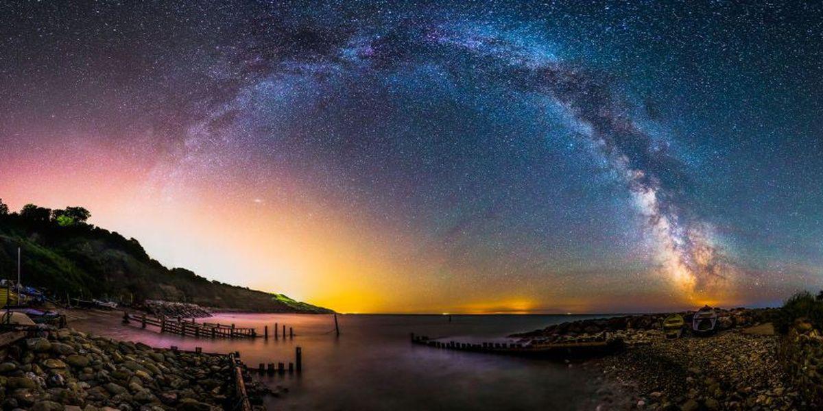 paisajes naturales de noche arcoiris estelar